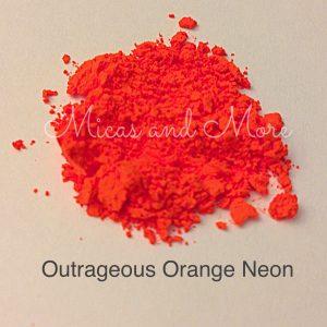 MAM Orange NeonWMtext-1